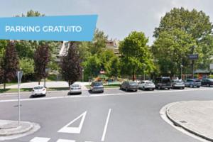Hana's School Academia de Inglés con Parking de Coche Cercano